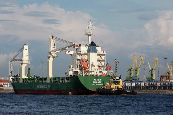 Alaed docked at St. Petersburg - Sputnik International