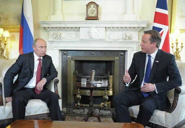 Vladimir Putin and David Cameron - Sputnik International