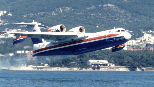 Russia's Beriev Be-200 amphibious firefighting aircraft - Sputnik International