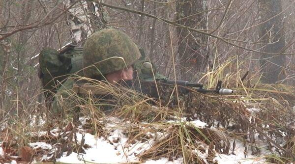 "Ground Scouts in Futuristic Battle Gear Attack ""Enemy"" Positions - Sputnik International"