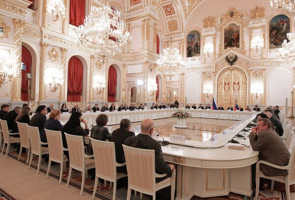 Russian President Vladimir Putin at a meeting of the presidential Human Rights Council - Sputnik International