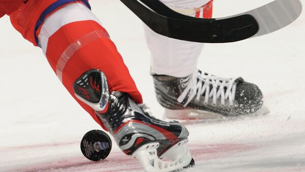 Vadimir Bryukvin scored the winner in the 11th round of the shootout and goaltender Denis Kostin came off the bench to pick up the victory as the Russia Selects downed the Western Hockey League All-Stars 3-2 on Monday in Game 1 of the Subway Super Series. - Sputnik International