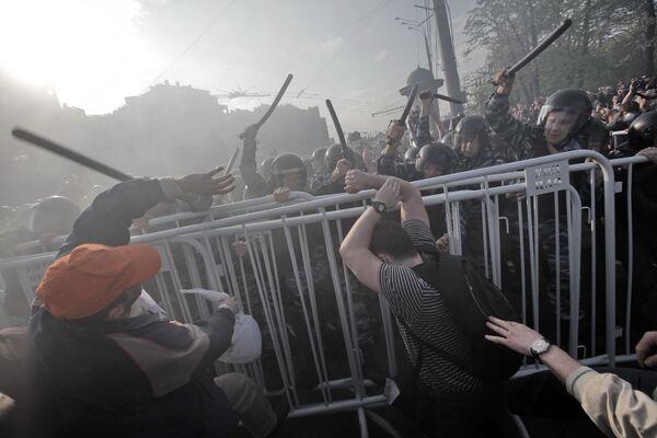 Court Extends Custody of Anti-Putin Rally Suspects - Sputnik International