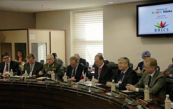 BRICS States Agree to Step Up Tax Evasion Fight - Sputnik International