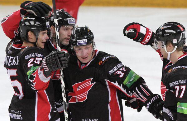 KHL: Avangard Wins Eastern Top-Two Battle - Sputnik International