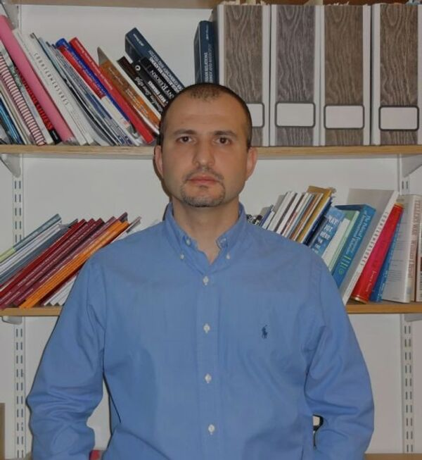 Simon Saradzhyan - Sputnik International