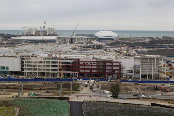 Migrants Exploited at Sochi Olympic Construction Sites – HRW - Sputnik International