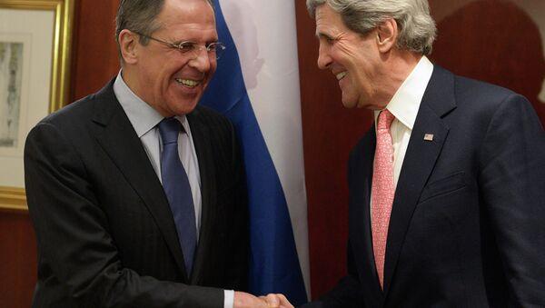 Lavrov Praises Kerry's Vow to Probe Russian Adoptees' Deaths - Sputnik International