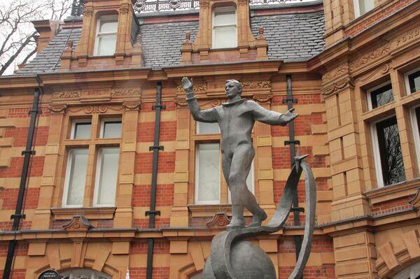 Gagarin Monument in Greenwich - Sputnik International