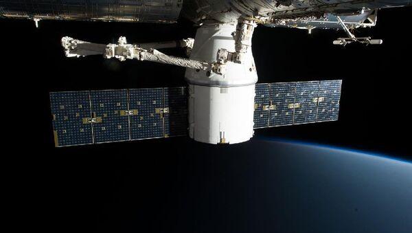 SpaceX Dragon - Sputnik International