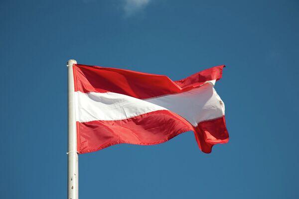 Thousands Hold Alternative Parliamentary Polls in Latvia - Sputnik International