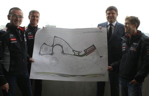 Vettel Arrives in Sochi to Inspect F1 Circuit - Sputnik International
