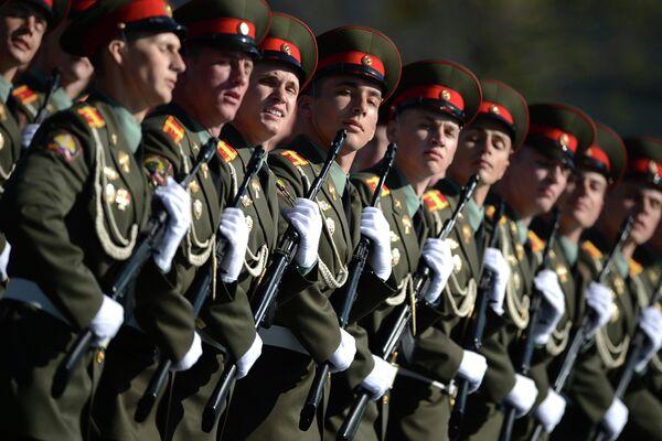 Moscow, Crimea Await Expanded Victory Day Parades - Sputnik International