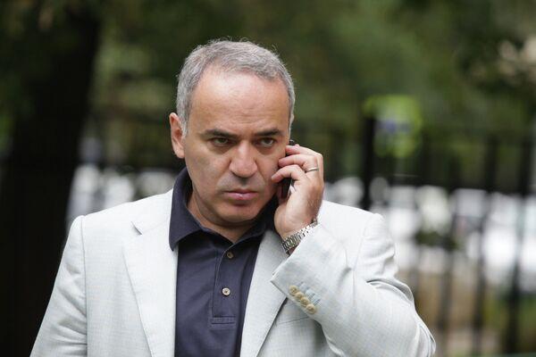 Garry Kasparov - Sputnik International