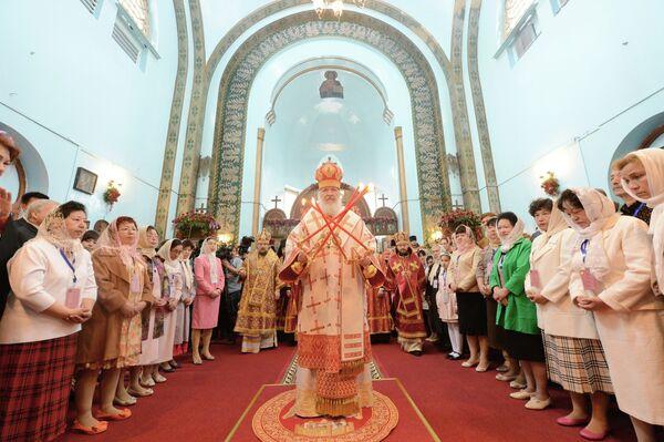 Russian Patriarch Holds Landmark Service in China - Sputnik International