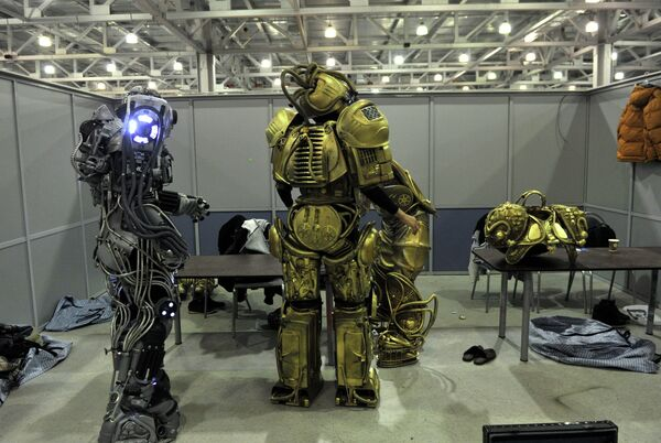 Robots at the Robofest-2013 youth festival in Moscow - Sputnik International