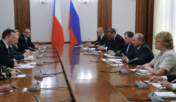 Russian President Meets with Czech Prime Minister in Sochi - Sputnik International
