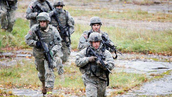 US Soldiers take part in a cordon and search exercise at the Adazi Training Area, Latvia - Sputnik International