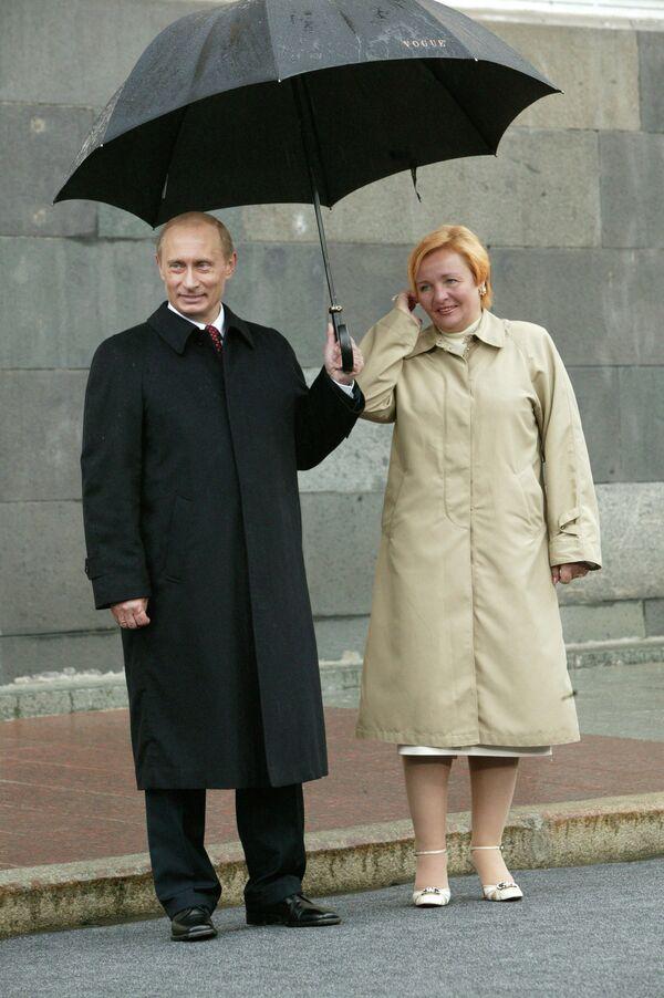 President Vladimir Putin and his wife Lyudmila (archive) - Sputnik International
