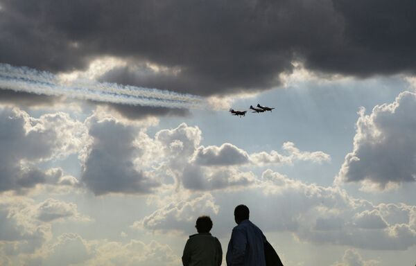 A Soveit-era Yak-52 and Yak-54 aircraft. (Archive) - Sputnik International