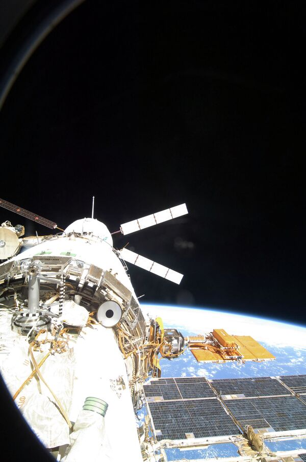 An ATV spacecraft docked with the ISS (File photo) - Sputnik International