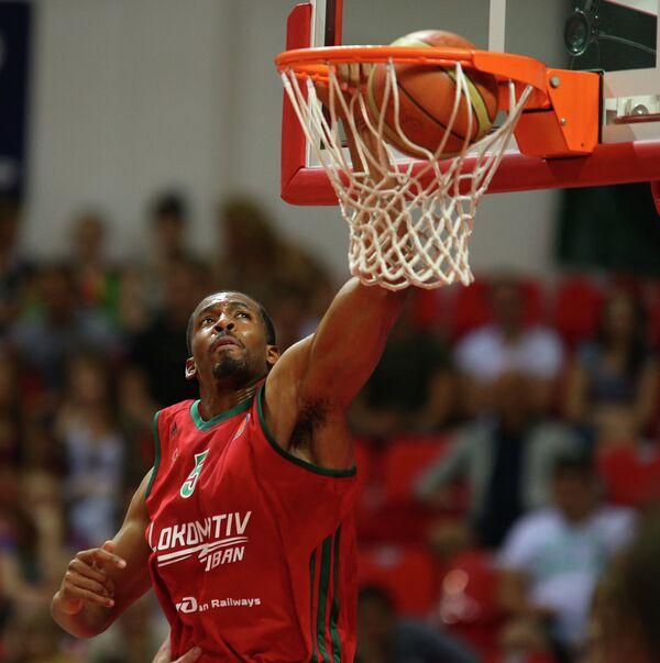Ex-NBA Forward Brown Re-Signs With Russian Team - Sputnik International