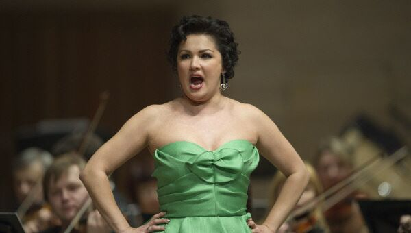 Anna Netrebko performs during a concert at the Moscow House of Music in 2012. - Sputnik International