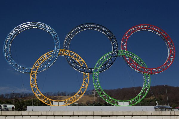 Gay Russian Newsman Calls for 'Rainbow' Sochi Games - Sputnik International