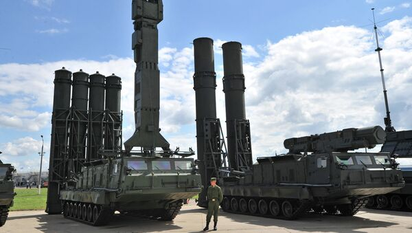 Russia's Air Defense Forces have received their second batch of a new modification of the S-300 surface-to-air system, with expanded anti-aircraft, anti-cruise and anti-ballistic missile capabilities. - Sputnik International