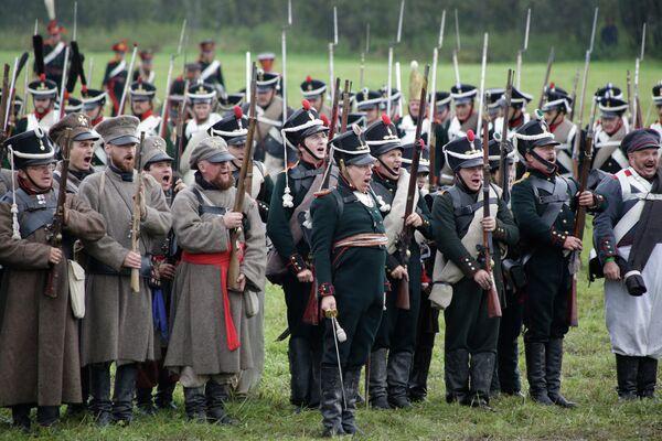 Blood and Gunpowder: Reenacting the Battle of Borodino - Sputnik International