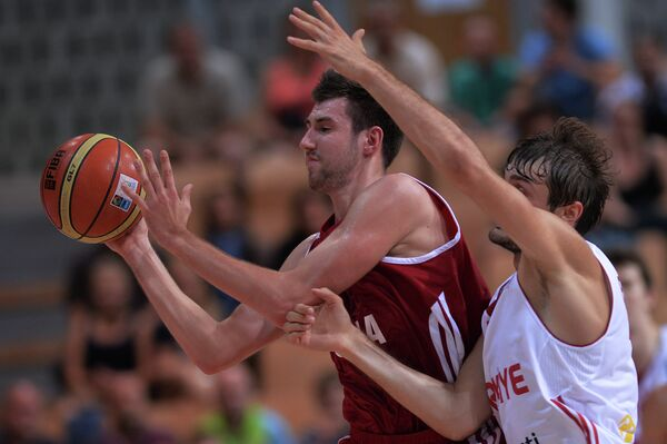 'Ashamed' Russian Basketball Team in Turmoil After Defeat - Sputnik International