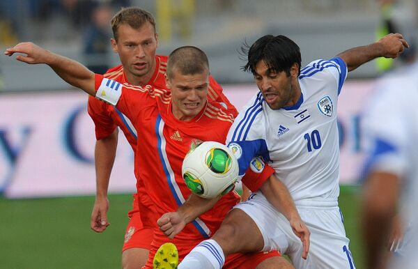 Russia Beats Israel, Goes to Top of World Cup Qualifying Group - Sputnik International