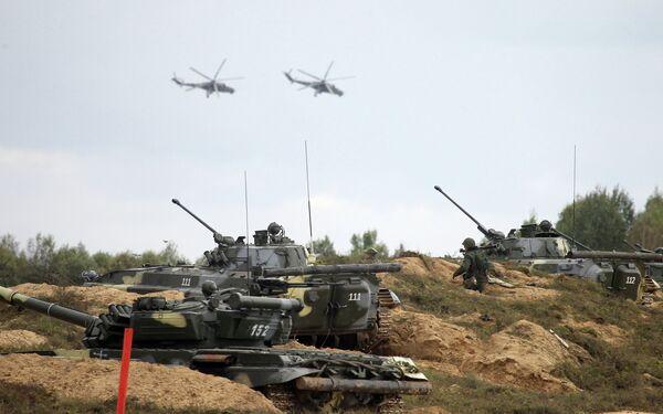 Russia, Belarus Conduct Joint Military Exercises: Zapad-2013 - Sputnik International
