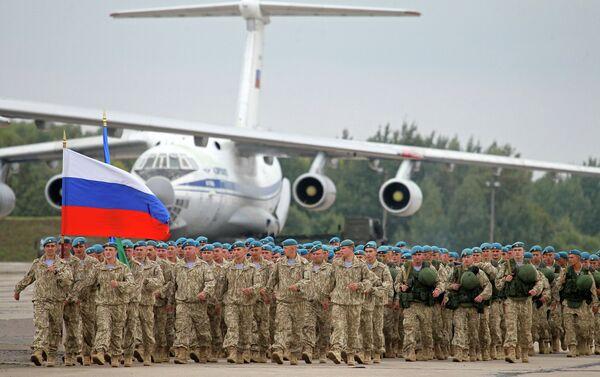 Russian military at Zapad-2013 joint military drills - Sputnik International
