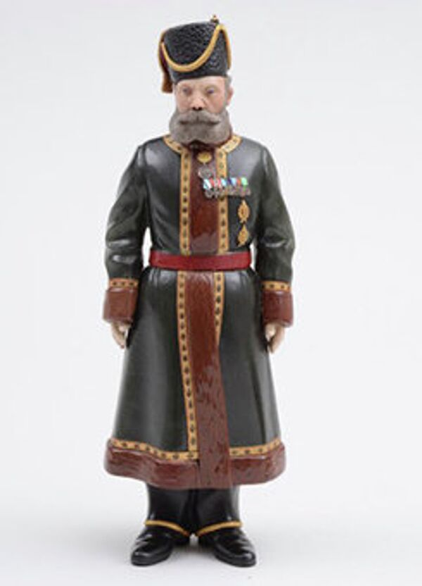 This Fabergé statuette of Empress Alexandra's Cossack bodyguard has recently been rediscovered and is up for auction. - Sputnik International