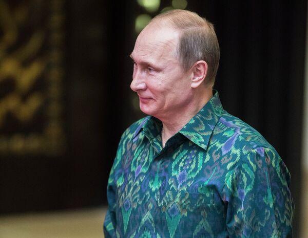 Russian President Vladimir Putin at thr Asia Pacific Economic Cooperation summit in Bali. October 7, 2013 - Sputnik International