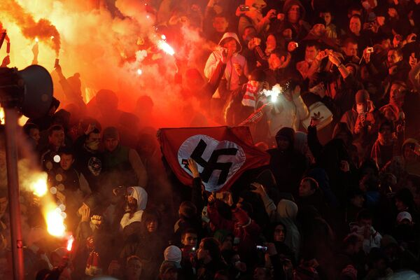 Some 30 Russian Football Fans Detained After Stadium Brawl - Sputnik International