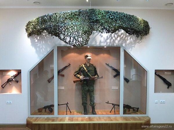 Museum dedicated to Mikhail Kalashnikov opened in Kurya village - Sputnik International