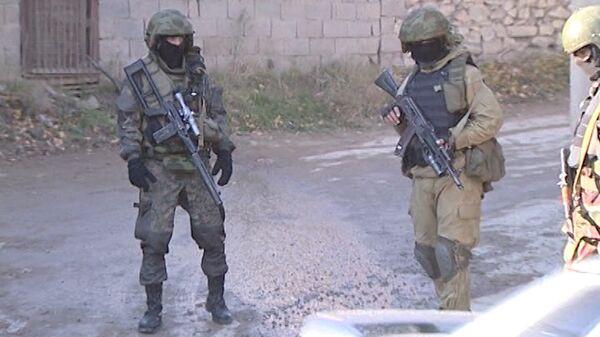 Russian law enforcement forces in Makhachkala - Sputnik International