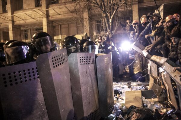 Hundreds of thousands of Ukrainians attended rallies - Sputnik International