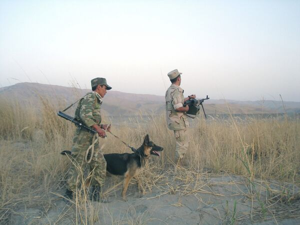 Border guards between Afghanistan and Tajikistan - Sputnik International