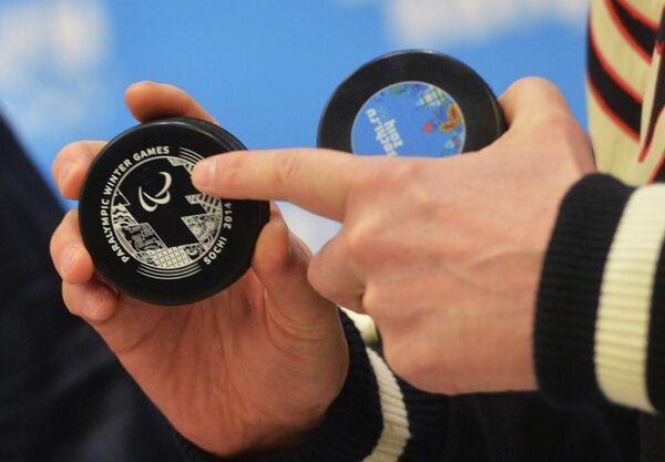 Olympic hockey pucks - Sputnik International