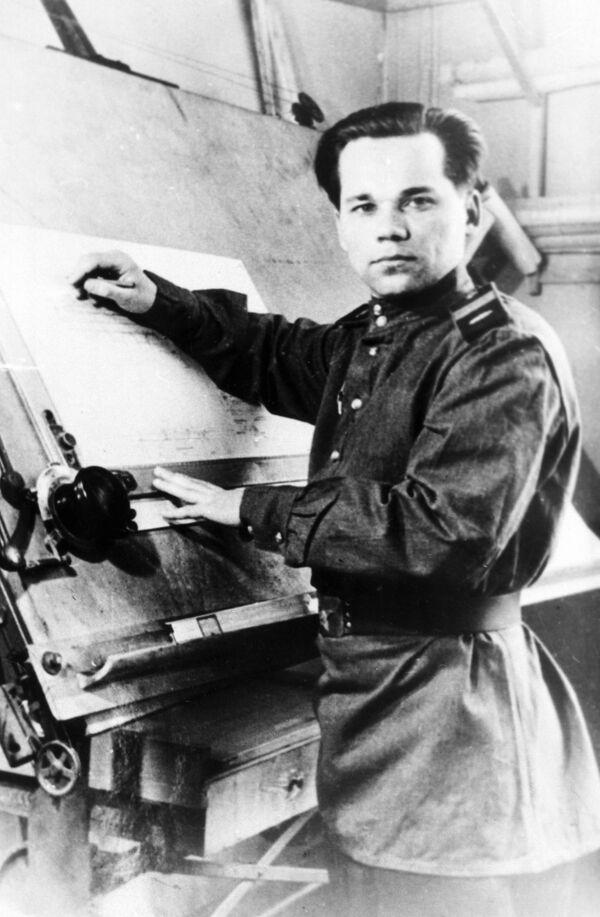 Mikhail Kalashnikov Dies at Age 94 - Sputnik International