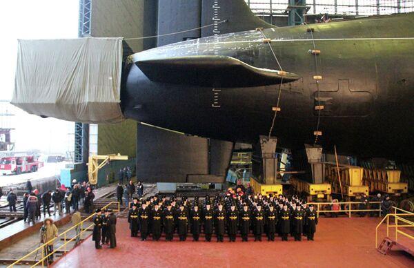 Launch of nuclear powered ballistic missile submarine Vladimir Monomakh in Severodvinsk, December 30, 2012 - Sputnik International
