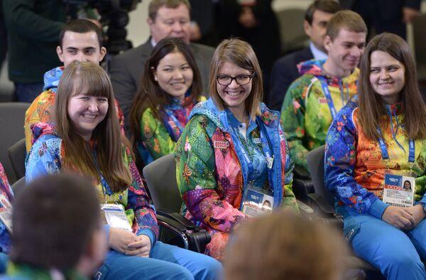 Volunteers in Sochi - Sputnik International