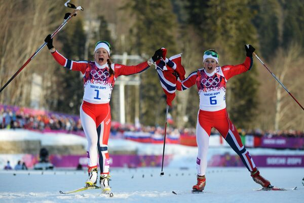 Norway Flexes Skiing Muscles as 'iPod' Shuffles to Gold on Day 4 at Sochi - Sputnik International