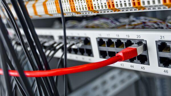 Russian Lawmaker Proposes Domestic Internet - Sputnik International