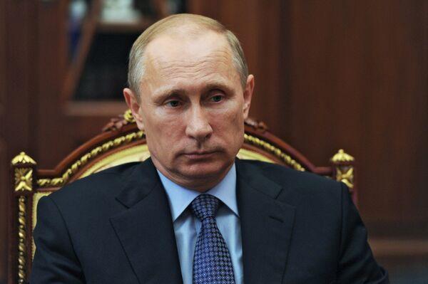 Russian President Putin congratulates Obama on US Independence Day - Sputnik International