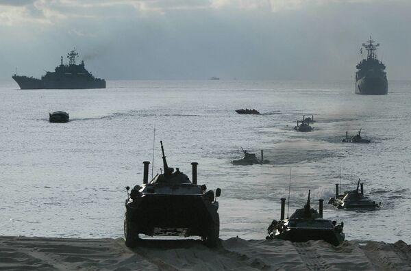 Russia's Baltic Fleet practices air assault and amphibious assault landing (Archive) - Sputnik International