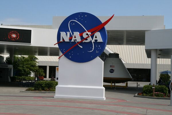The United States and India have signed two agreements according to which NASA and the ISRO (Indian Space Research Organization) will roll out a joint satellite mission to explore Earth's surface. - Sputnik International